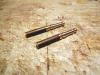 Ausgangspunkt für diese schöne Absperrung: 3mm Rundmessing, mit Feile und Sägeblatt zu solchen Pfosten gearbeitet.