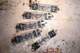 und schließlich alle fünf Rahmen sind fertig und vollständig ausgerüstet!
