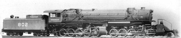 Die Lokomotive, die mich so begeistert, hier im Original - Virginan Ry. class AE 2-10-10-2. Ein frei nutzbares Bild gemäß ''Wikimedia Commons''.