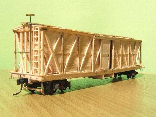 Das erste Modell ist fertig und präsentiert sich mit seiner Bremsanlage ...