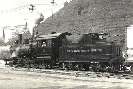In den USA ein ganz normaler Vorgang, kaufen und verkaufen von Lokomotiven. - Courtesy Mike Pierry.