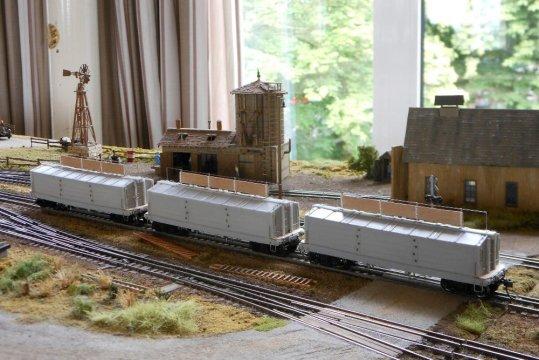 Nun alle drei Modelle schon einmal auf einer großen Anlage - wenn auch noch ohne Lackierung. Zum Probefahren!