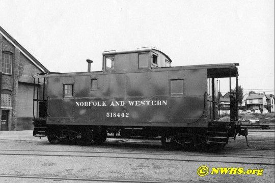 Das Original, einer der Norfolk and Western Cabooses der class CG in einer Seitenansicht, von denen insgesamt 25 Stück gebaut wurden. Copyright NWHS.org