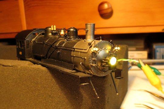 ... und damit ist die Beleuchtung von Stirnlampe und Classification lamps auch gesichert, wenn für dieses Bild auch noch ohne Decoder.