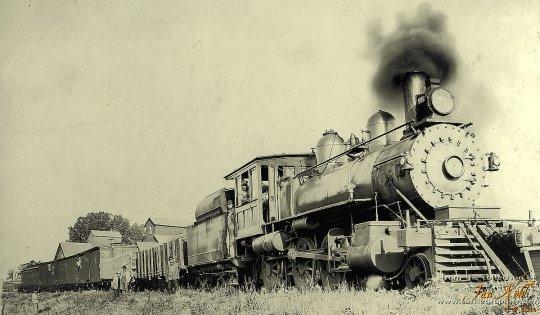 Lok 600 der CB&Q mit eine local train, hier sogar ein mixed train. Erkennen Sie, dass der letzte Wagen eine Kombination von Caboose und Personenwagen ist?
