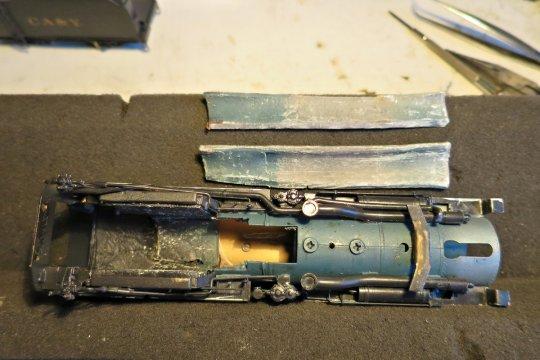 Wie sieht das Modell innen aus? Ist natürlich durch ein oder zwei Hände gegangen und einer hat mächtig viel Blei hineingepackt!