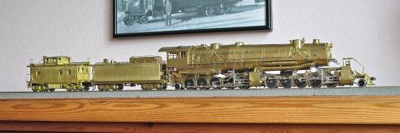 Die große Lok und das kleine zugehörige Anhängsel, ein class C-1 Caboose der Virginian Ry. - eine Leihgabe von meinem Freund Johannes. Danke dafür!
