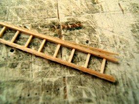 ... und abschließend noch die Holme ''beschnitten'', um die Reste der Klebelehre wieder zu entfernen..