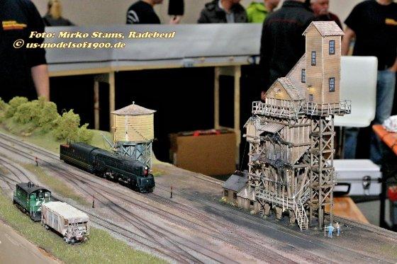 Die neuen Bauwerke für das Eisenbahnmuseum - Kohle- und Wasserturm.