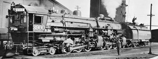 Nun auch noch ein Bild vom Vorbild - Southern Pacific 4-6-6-2 class AM-2. Courtesy George Elwood - www.rr-fallenflags.com