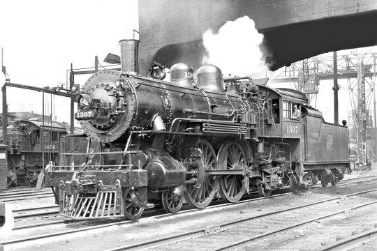 Und dann habe ich noch dieses Bild von 1930 gefunden, das wohl ziemlich genau meinem Modell entspricht. Alle Details scheinen übereinzustimmen!