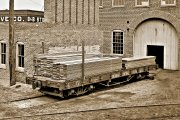 The picture of prototype which I wanted to build - a relatively short but heavily built flat car from a period short before 1900.