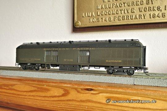 In späteren Jahren waren dann auch andere Farben in den Zügen zu sehen und ein zusätzlicher Baggage car ist noch das Minimum, was man da bei den Daylights entdecken kann.