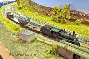 Der ''Extra train'' auf dem Siding, solch ein Zug hat nun einmal keinen Vorrang.
