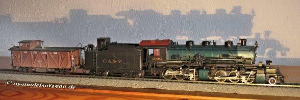 2-6-6-0 Mallet und Caboose meiner Bahngesellschft CA&Y für den Einsatz, den großen Druckbehälter als Xtra-train während der Videoaufnahmen zu ziehen!