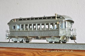 Das Ergebnis, natürlich noch ohne Farbe - ein sehr alter, aber in meinen Augen auch sehr schöner Personenwagen!