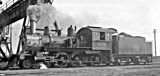 Vorbildfotos von der CB&Q class K-2, hier die no. 632, immer wieder auch mit kleinen Unterschieden in der Ausstattung, hier mit zwei Luftpumpen.