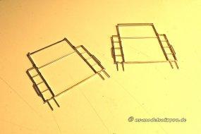 Mit diesen Stiften können die Endteile nun in den verstärkten Rahmen eingesetzt werden.