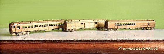 Drei Personenwagen der Pennsylvania Railroad für einen Suburban train, wie ich ihn mir vorgestellt habe - RPO, Baggage car und Coach!