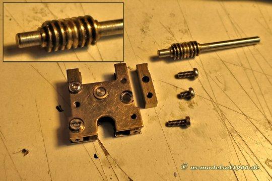 Ein recht eigenwilliges Getriebe, keine Box, sondern eine Menge Einzelteile!