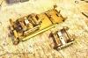 Der nächste Schritt, Stromabnehmer an den isolierten Rädern der Drehgestelle hinzugefügt. Die Stecker kommen jedoch erst in Verbindung mit dem Einbau des Decoders dran.
