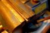 Ein Versuch, Ringe aus MS-Draht selbst herzustellen, der ausgeglüht zunächst um eine Stange gewickelt wird.