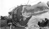Das seltenes Bild eines ''zerknallten'' Kessels einer Dampflok. Und das bei der VGN 2-10-10-2 class AE no. 800! Können Sie die dabei wirkenden Kräfte erahnen?