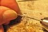 Alle Rohrdurchgänge sind mit dem passenden Bohrer auf Sauberkeit zu prüfen, Lötreste oder sonstige Rückstände sind zu entfernen.