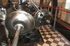 Dampfzylinder und Regler - ein sogenannter Pröll-Regler - der stationären Dampfmaschine in Wilsdruff/Sa.